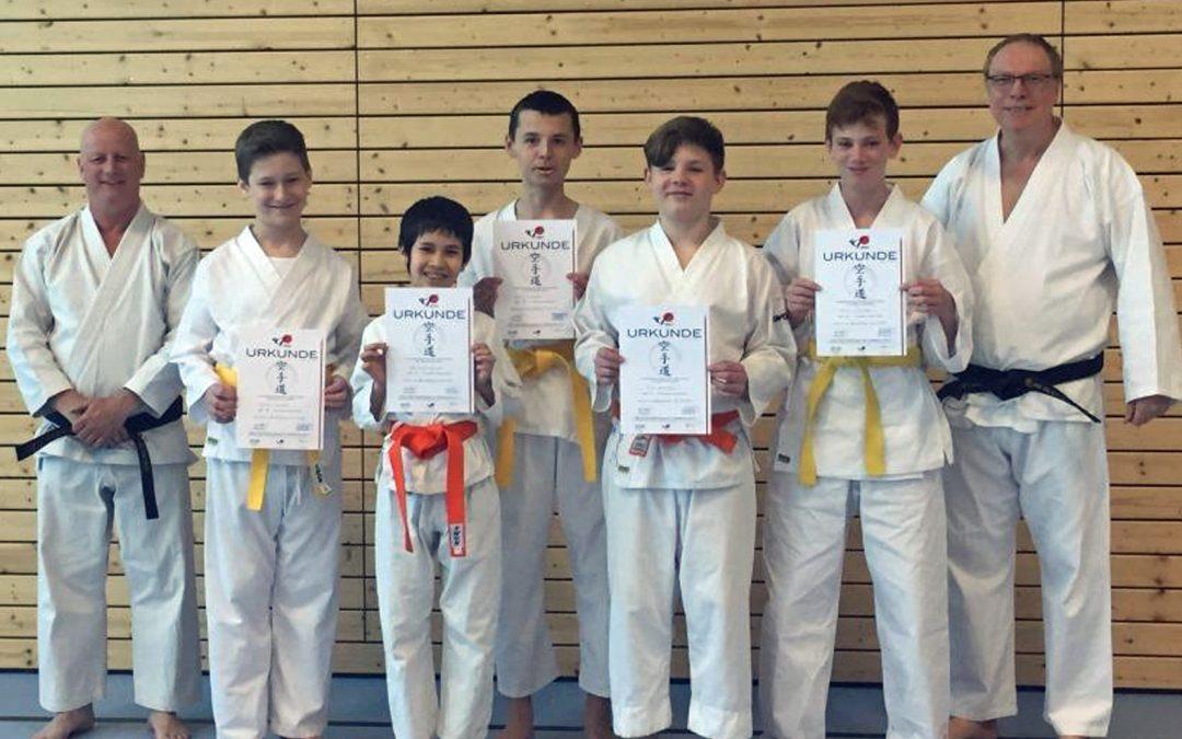 Erfolgreiche Karate-Prüfung beim BTSC