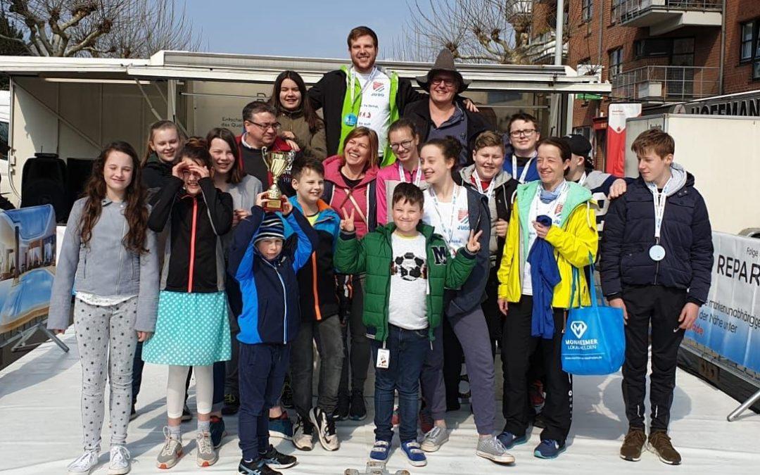 Biathlon – Judokas beim Frühjahrsfest