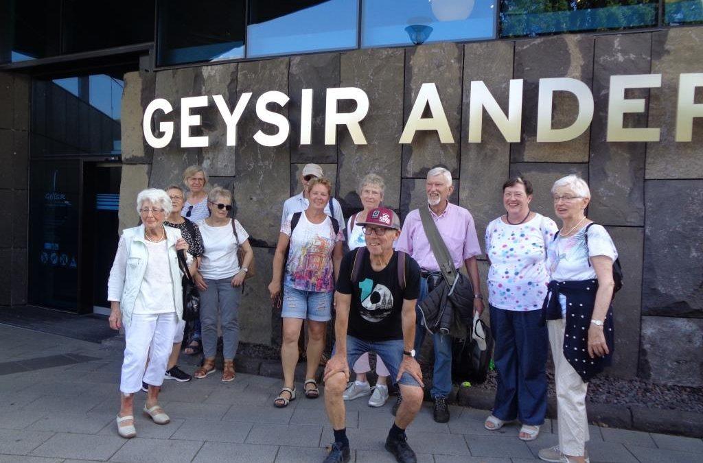 Zu Gast beim Geysir